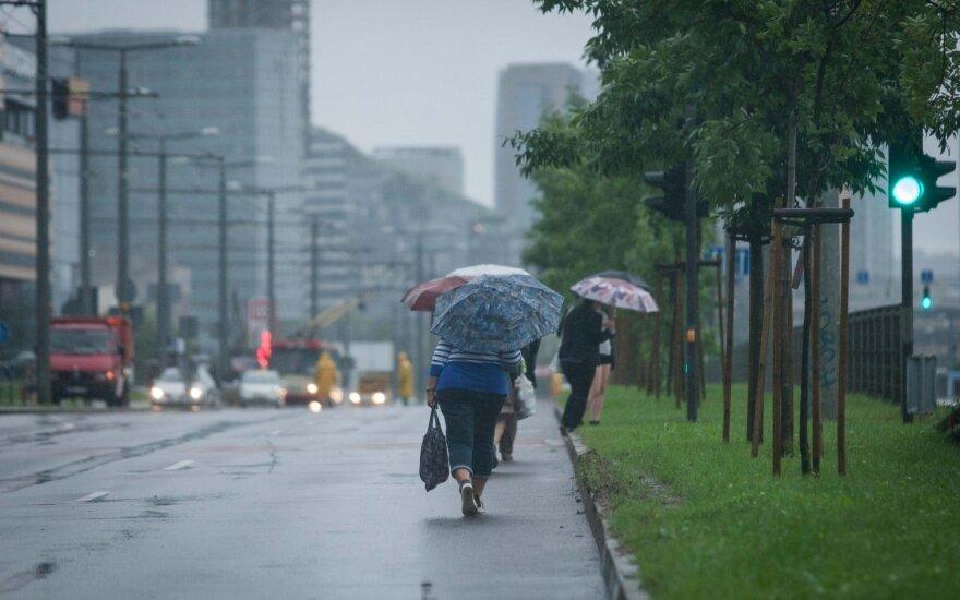 Orai: neišsivaduosime iš lietaus gniaužtų