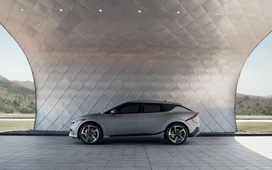 """""""Kia"""" su savo elektromobiliais tikisi įsitvirtinti Baltijos šalyse"""