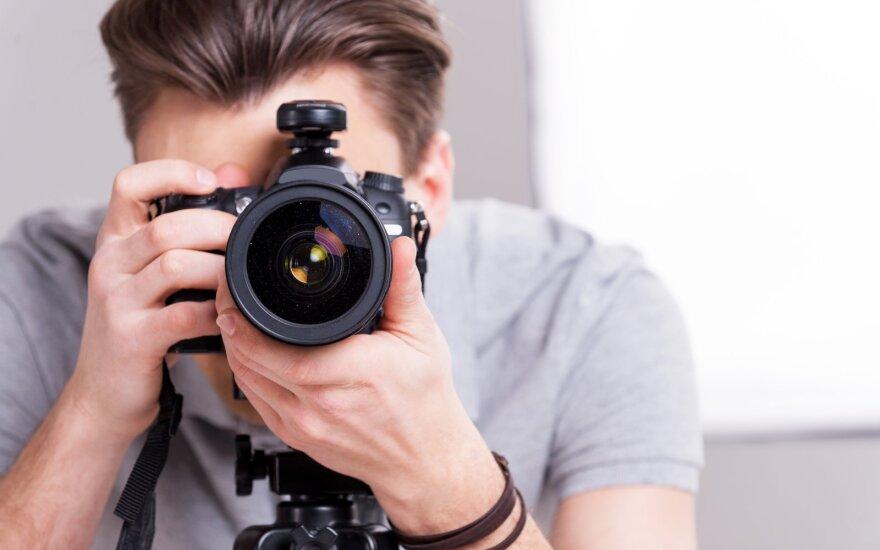 Siūlo darbą laisvai samdomiems fotografams, vertėjams ir IT paslaugų tiekėjams – plečiasi elektroninės prekybos centras