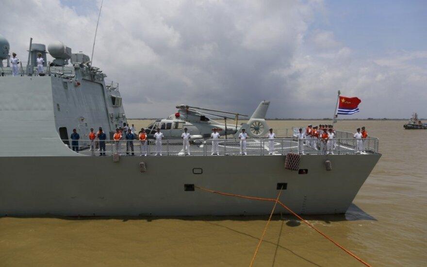 Kinijos karo laivai plaukia į bendras su Rusija karines pratybas Baltijos jūroje