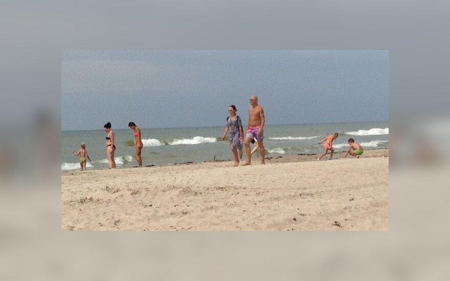 Katerina Voropaj ir Ramūnas Rudokas Kunigiškių paplūdimyje