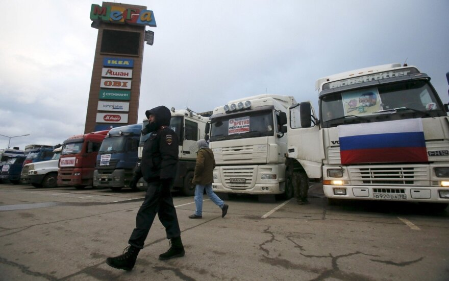 Small Lithuanian cargo carriers face additional tolls in Russia