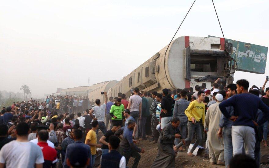 Egipte per traukinio avariją žuvo mažiausiai 11 žmonių