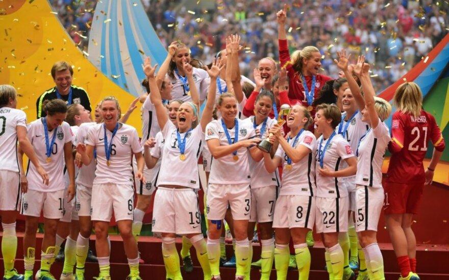 JAV moterų futbolo rinktinė – pasaulio čempionė