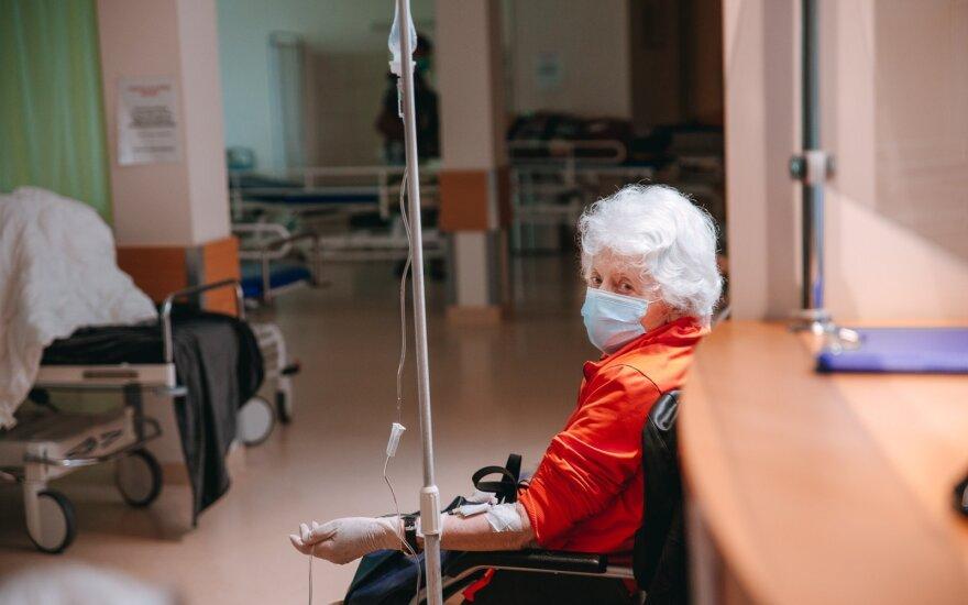 Medikai prašo neatidėti apsilankymų poliklinikose: kai kurių ligos taip apleistos, kad tenka iškart vežti į ligoninę
