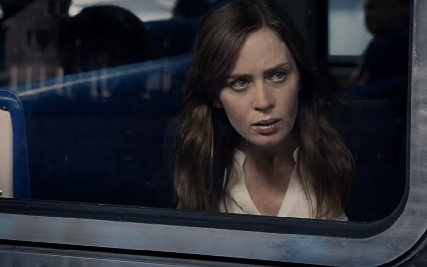 """Kadras iš filmo """"Mergina traukiny"""""""