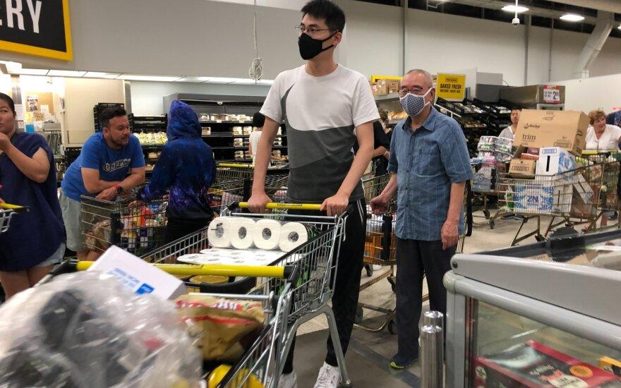 Australija ir Naujoji Zelandija stabdydamos viruso plitimą uždaro sienas
