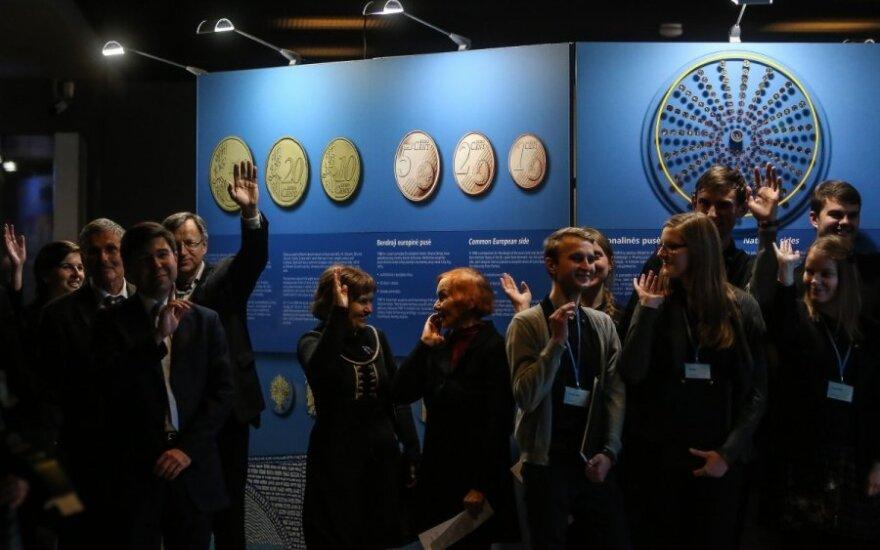 Almost 50,000 visit Euro Exhibition in Vilnius