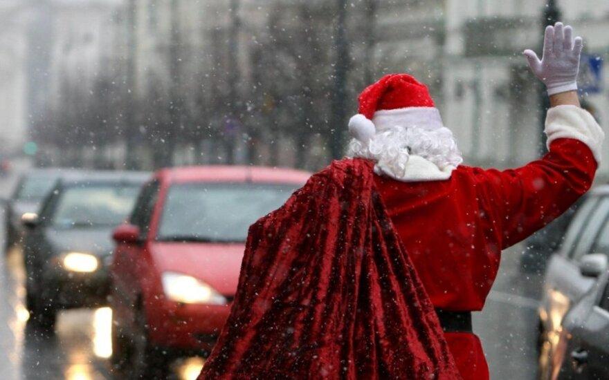 Kokių kalėdinių dovanų negalima siųsti paštu?