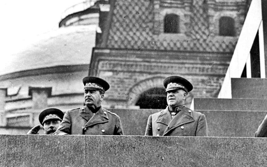 J. Stalinas ir G. Žukovas