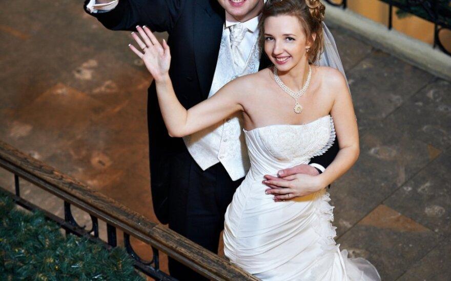 Keisčiausios vestuvės IV: darbovietėje