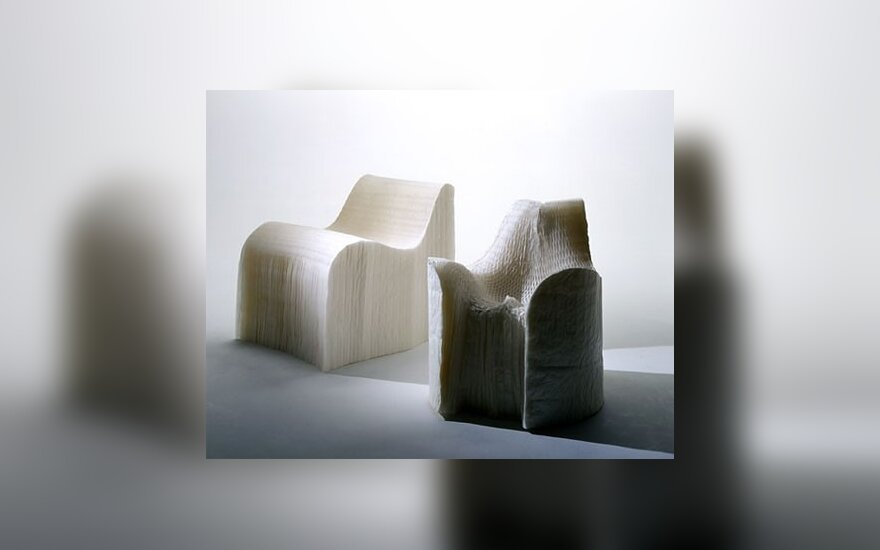 Tokuin Yoshioka sukurti baldai iš popieriaus