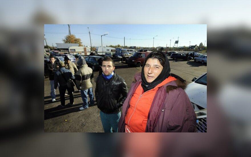 Iš Suomijos išvaryti romai gali likti Estijoje 3 mėn.