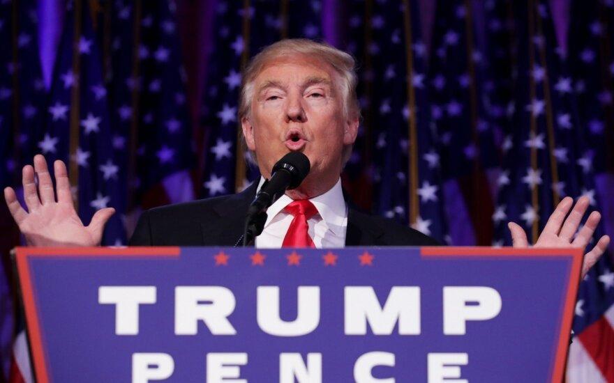 D. Trumpas triumfuoja JAV prezidento rinkimuose