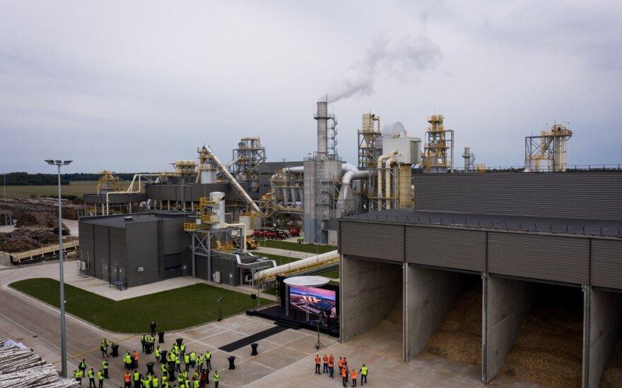 Didžiausia plyno lauko investicija Lietuvos istorijoje: Akmenėje atidaryta 146 mln. eurų kainavusi gamykla