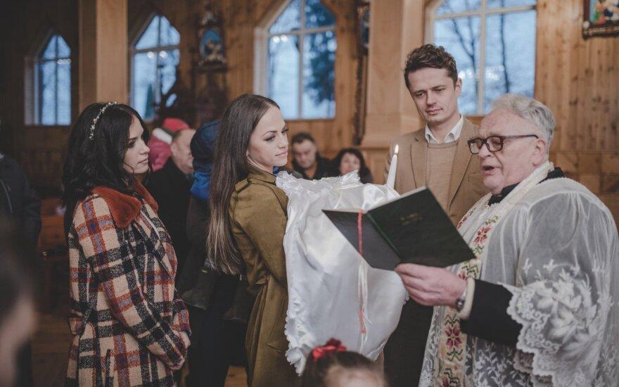 I. ir R. Čepononienių dukters Glorijos krikštas / Foto: Rimas Kaminskas