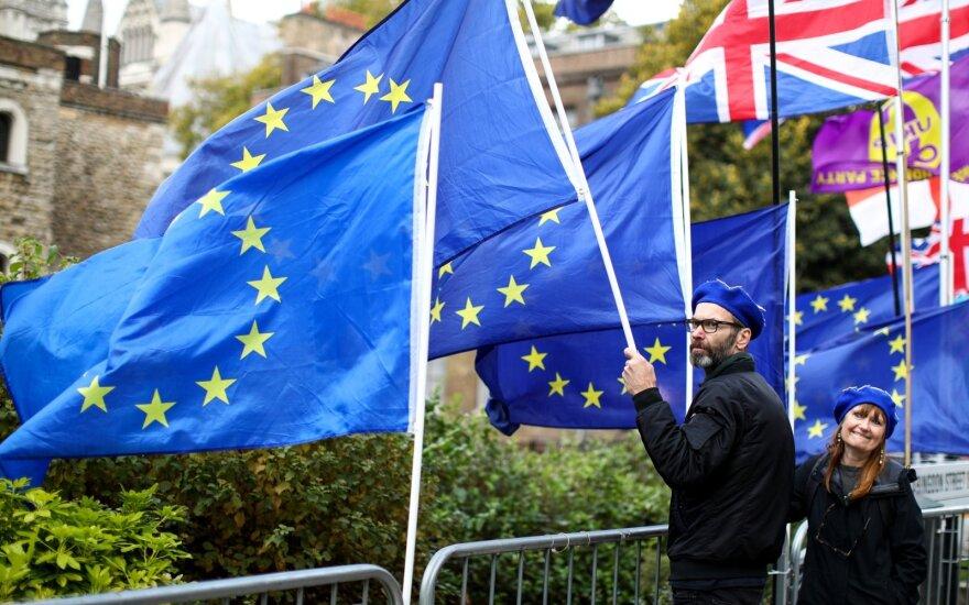 """Daug nervų kainavęs """"Brexit"""" – finišo tiesiojoje: pagrindinės susitarimo sąlygos ir kompromisai"""