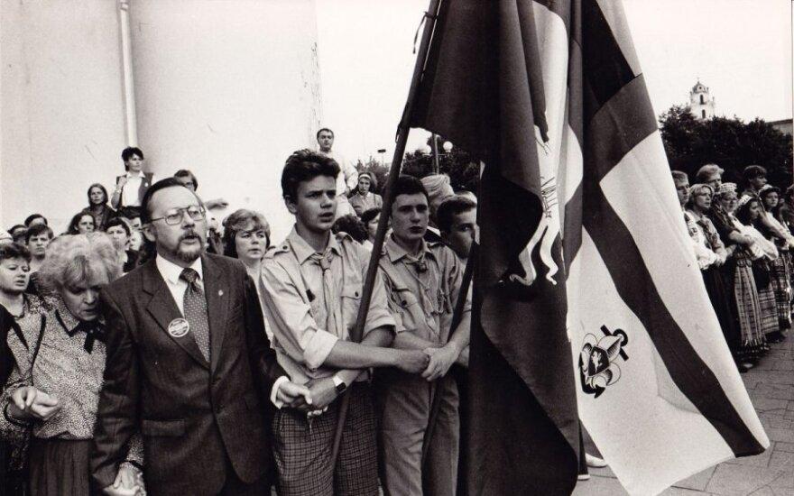 V. Landsbergis: svarbiausias 1989-ųjų palikimas - okupantas liko krūmuose