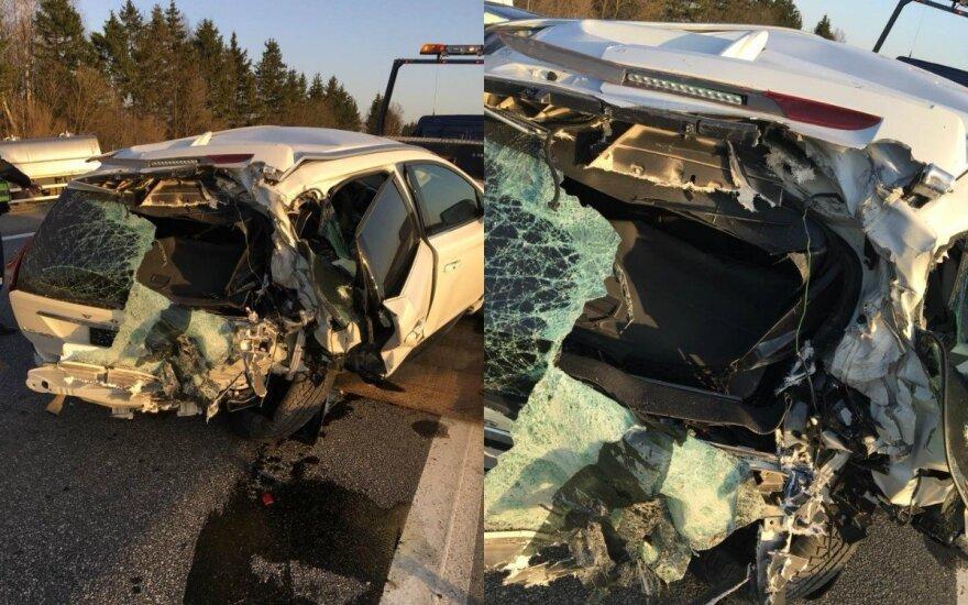 """""""Volvo XC60"""" avarija. DELFI koliažas"""