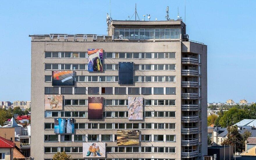 Unikalus projektas Panevėžyje: viešbučio fasadas pasipuoš kraštiečių kūriniais