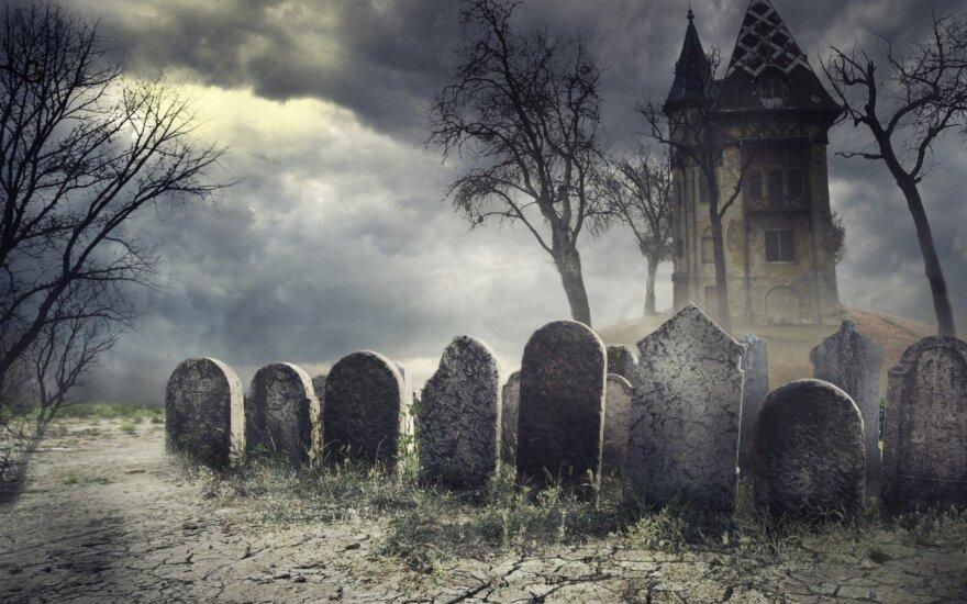 Pakeliui į kapines karste atgijusi velionė įvarė šiurpo visiems
