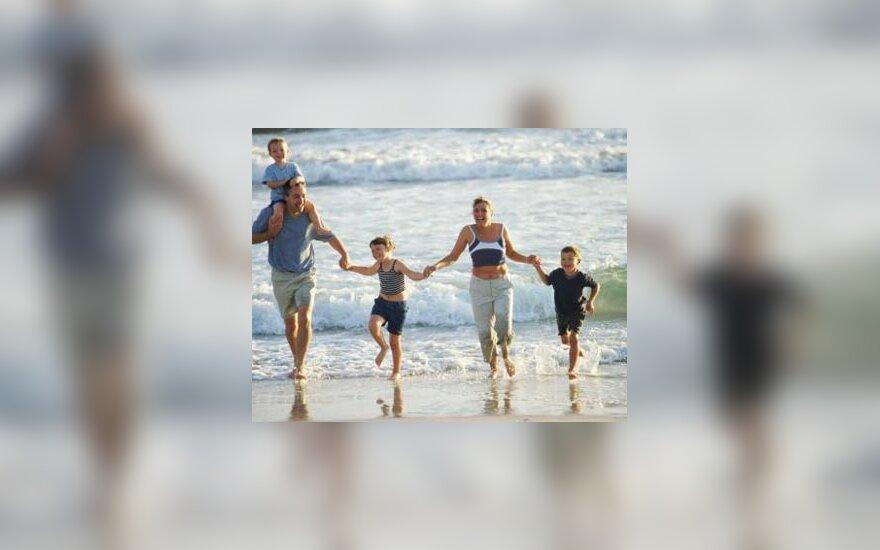 Atostogos, jūra, šeima
