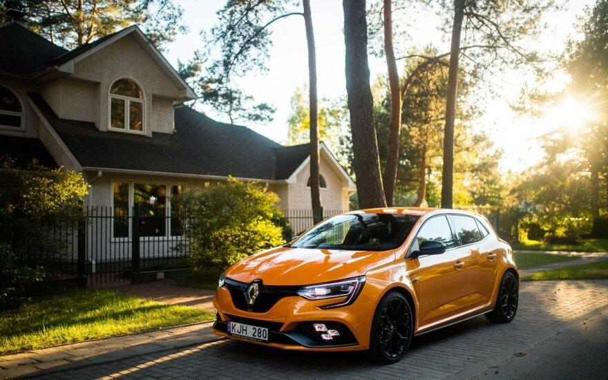 """Renault Megane R.S."""
