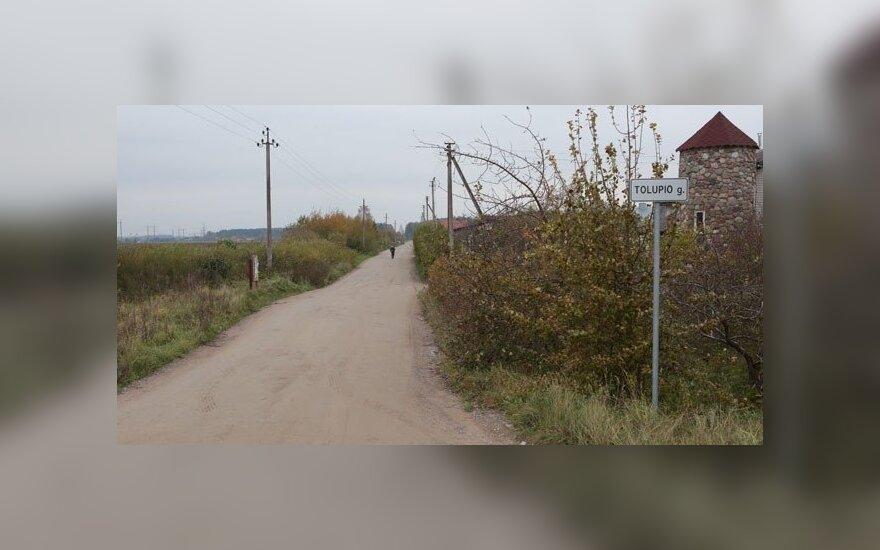 Sodininkų bendrijos gyventojai susipyko dėl asfaltuoto kelio