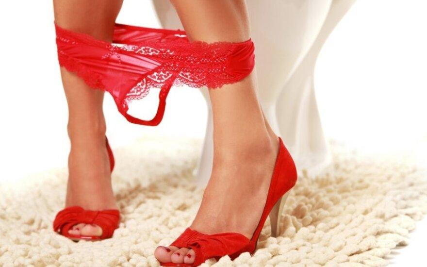 Kaip paskubinti menstruacijas?