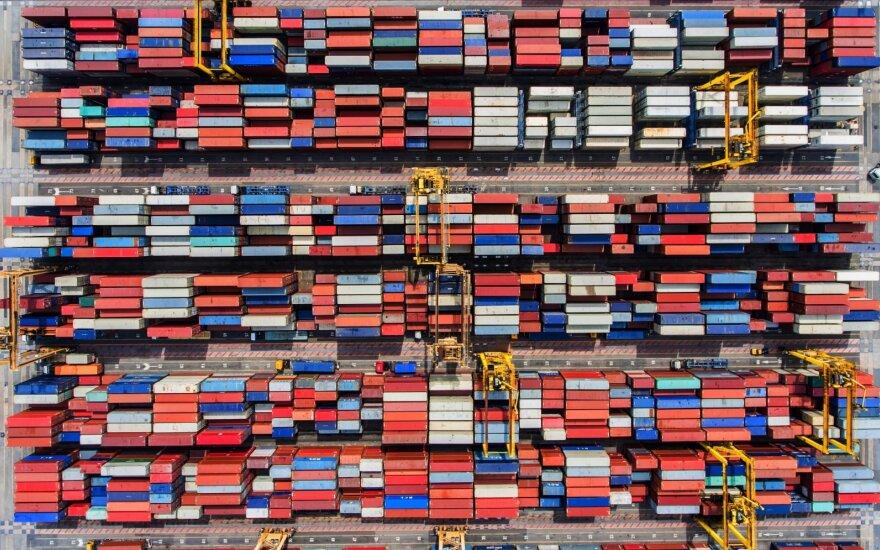 Jūriniai konteineriai