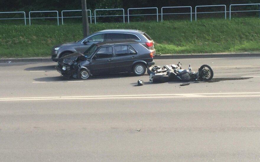 Po mįslingos avarijos – į komą paniręs jaunas vaikinas: artimieji prašo jūsų pagalbos