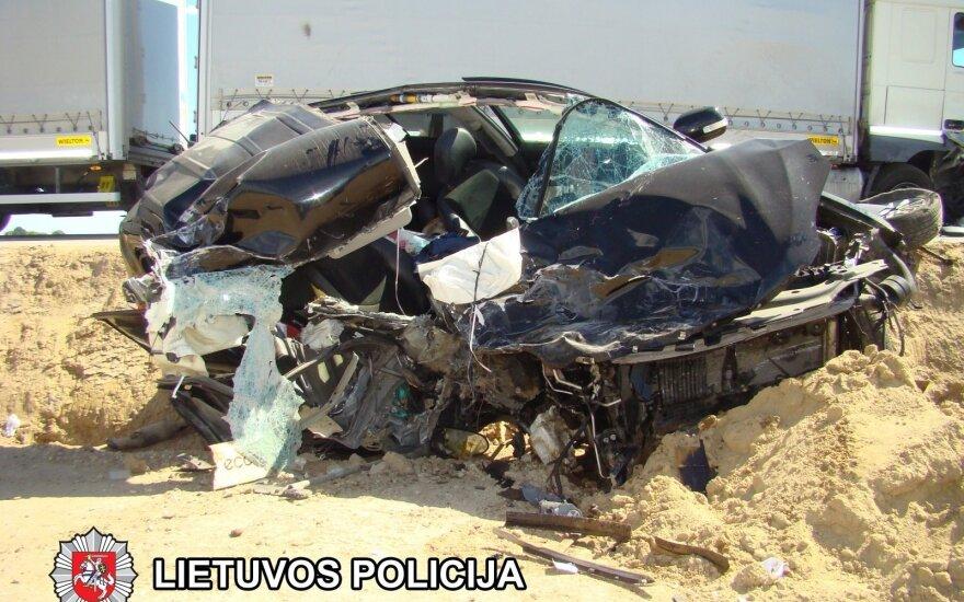"""Dar viena avarija: per susidūrimą """"Via Baltica"""" kelyje nukentėjo vaikas"""