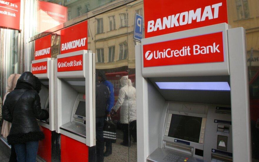 """Čekai nusitaikė į bankus: vietoj mokesčių – """"permanentinės dotacijos"""""""