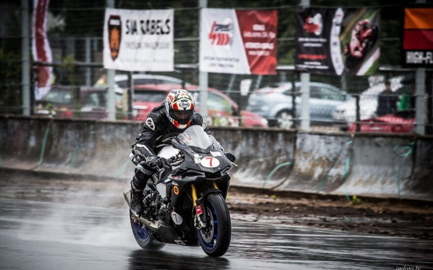 Motociklininkų varžybos Latvijoje