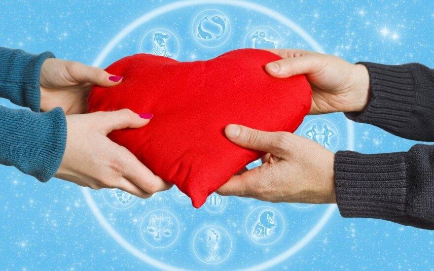 Astrologės Lolitos prognozės gegužės 16 d.: meilė, gausa ir santarvė
