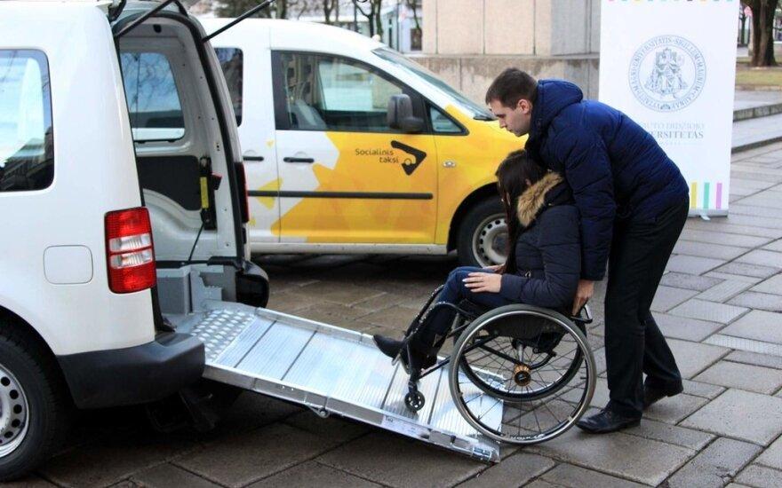 Kauno neįgalieji liko be specialaus taksi
