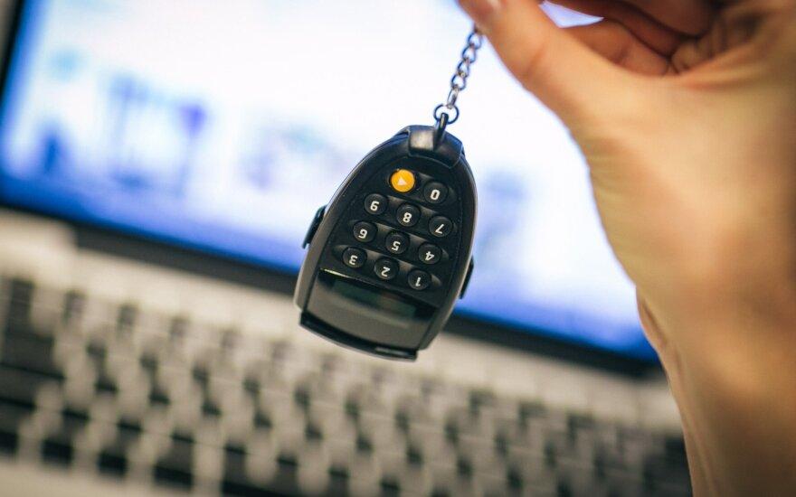 FNTT teigia sulaukianti dvigubai daugiau pranešimų apie įtartinas bankų operacijas