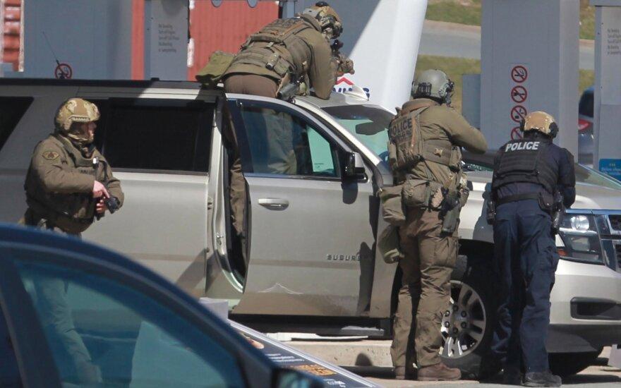 Po pražūtingų šaudynių Kanadoje uždrausti 1,5 tūkst. modelių šaunamieji ginklai
