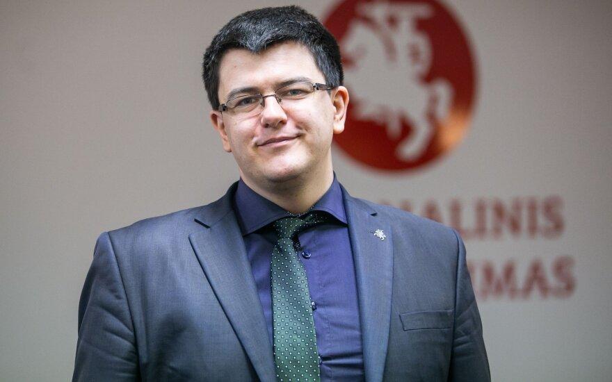 Vytautas Sinica. Antikonstitucinę LLRA programą įgyvendins leftistai?