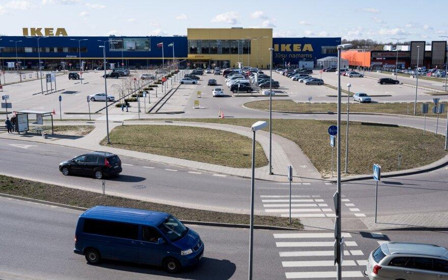 """""""Ikea"""" ketina grąžinti 9 šalyse dėl COVID-19 gautą valstybinę paramą"""
