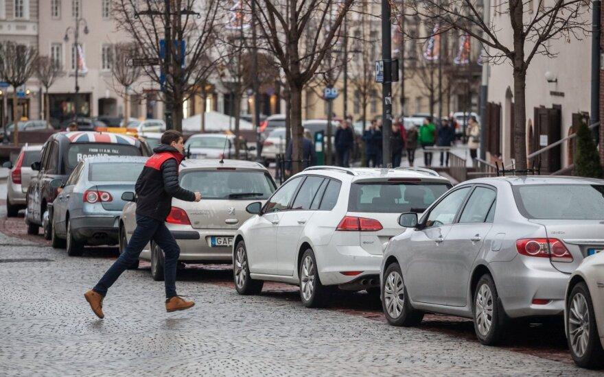 Vilniaus taryba spręs dėl automobilių stovėjimo zonų keitimo