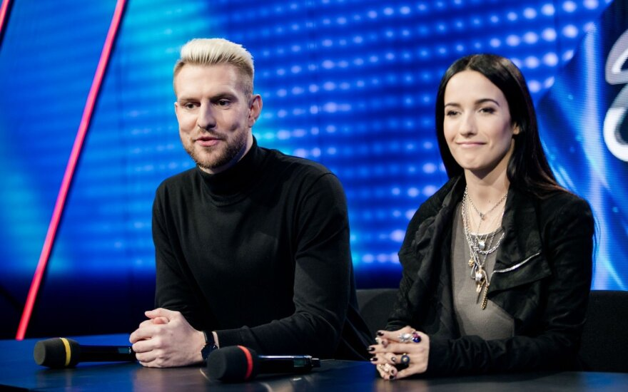 Mantas Stonkus ir Ugnė Skonsmanaitė