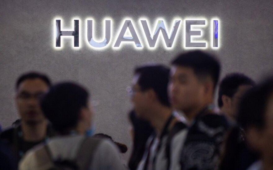 """""""Huawei Technologies"""" viceprezidentas. JAV ir Kinijos prekybos karo pamokos Europai"""