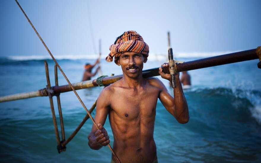 Lietuvę nustebino Šri Lankoje gyvenančių vyrų tingumas: mamos jiems kloja lovas iki trisdešimties