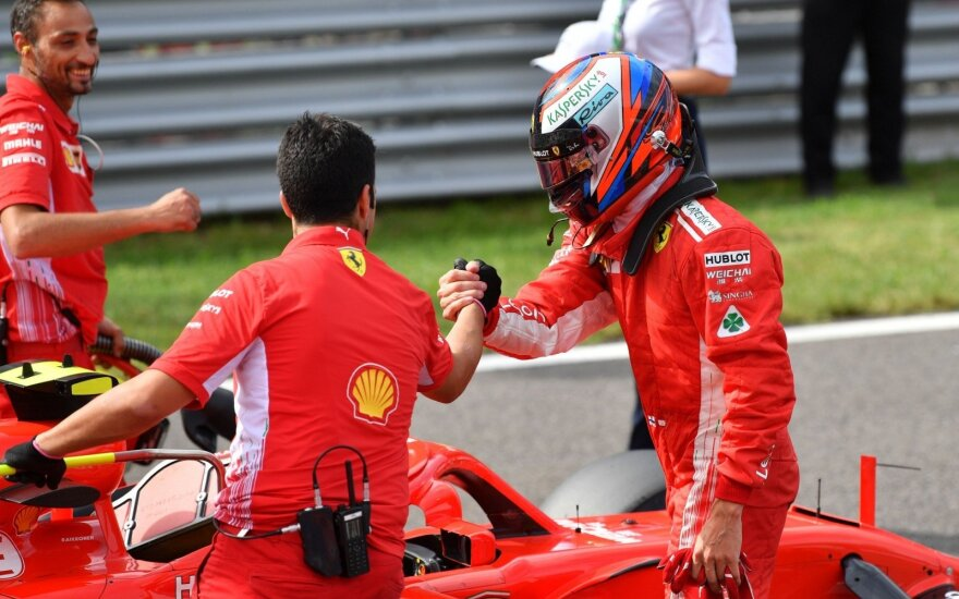 """""""Formulės-1"""" etapą Italijoje iš pirmos vietos pradės Raikkonenas"""