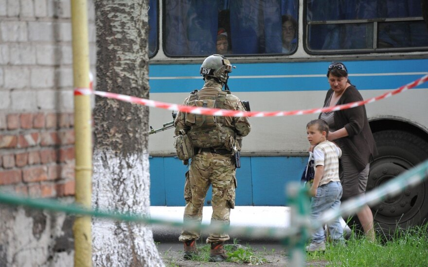 ESBO: separatistų kontroliuojamoje Rytų Ukrainoje pastebėti Rusijoje pagaminti ginklai