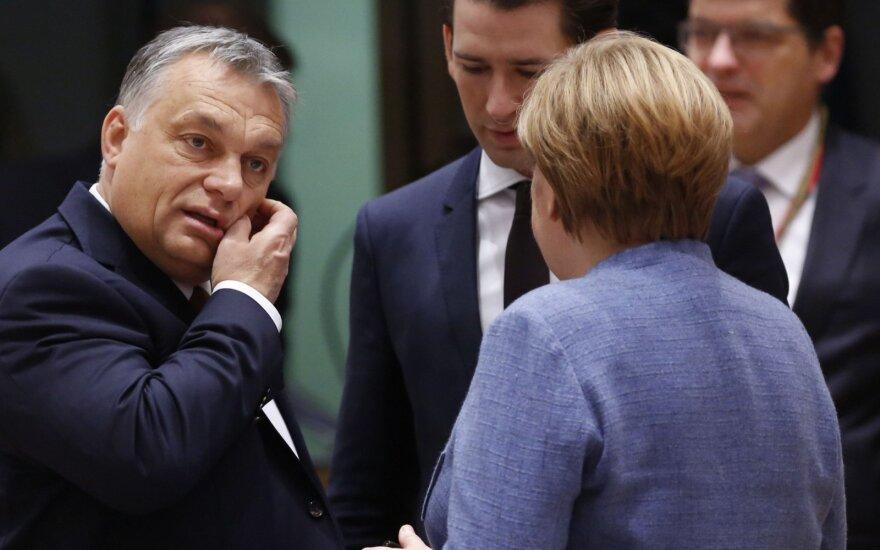 Viktoras Orbanas, Sebastianas Kurzas, Angela Merkel