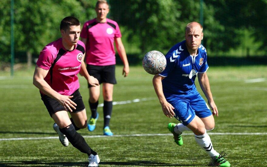 Lietuvos mažojo futbolo 7x7 čempionatas prasidėjo čempionų kluptelėjimu