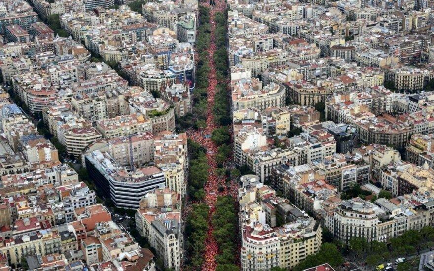 Katalonijos nepriklausomybės šalininkai išėjo į Barselonos gatves