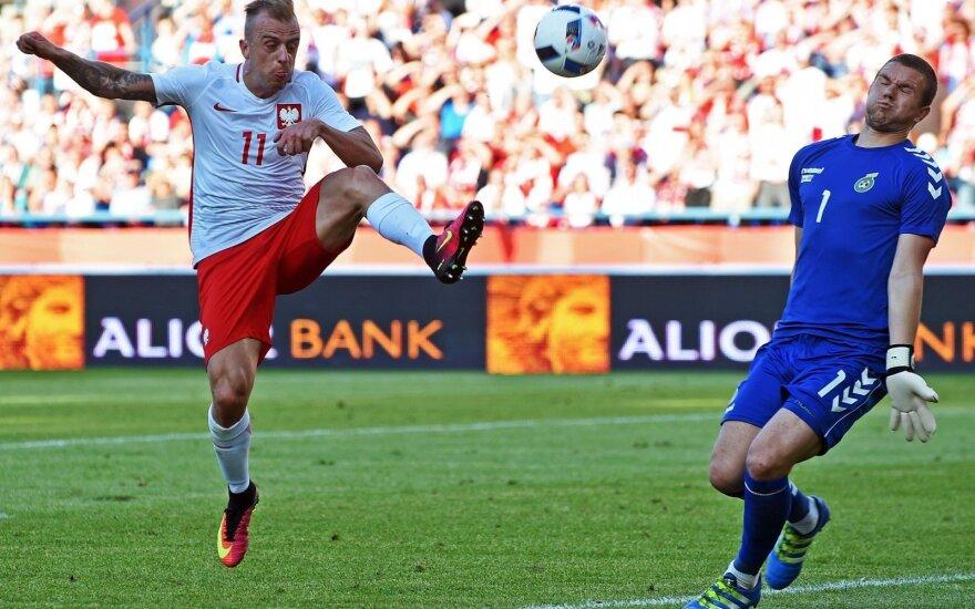 Drąsiai žaidę lietuviai pateikė staigmeną mače su 100 vietų FIFA reitinge aukščiau esančia Lenkija